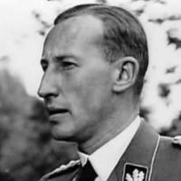 Reinhard Heydrich, SS-Obergruppenführer a generál policie, šéf Hlavního úřadu říšské bezpečnosti a Bezpečnostní služby