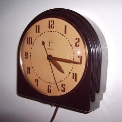 "Synchronní elektrické hodiny Telechron 2H07-Br ""Ambassador""  r. 1938"