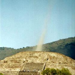 Oživnutí mayských pyramid